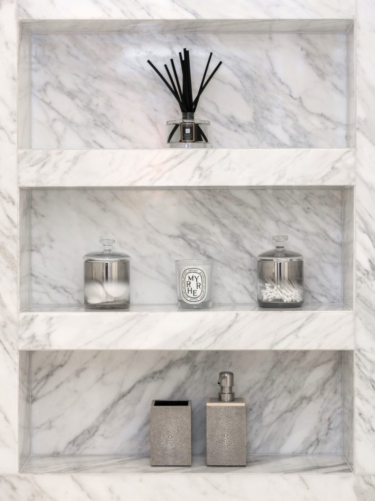 Marble_Niche_House_Rest_Room_Secretcape_Colour_Luxury_Marble_Art_Interiordesign_London_Delux_Elegant_Lights_Grand_Home
